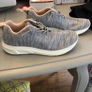 Roxy slip-on sneakers